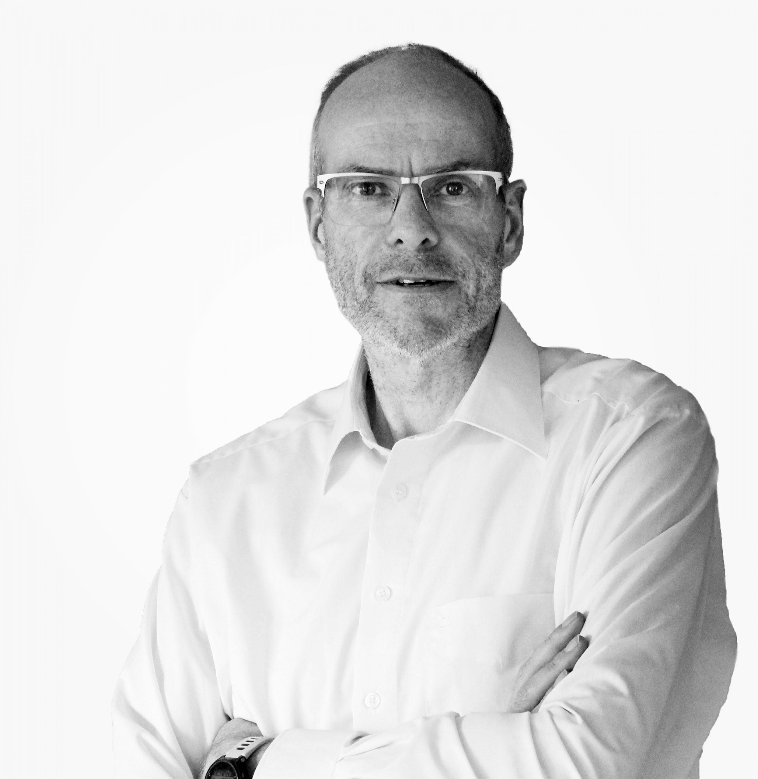 Leiter Forschung und Entwicklung - Dr. Pueschl