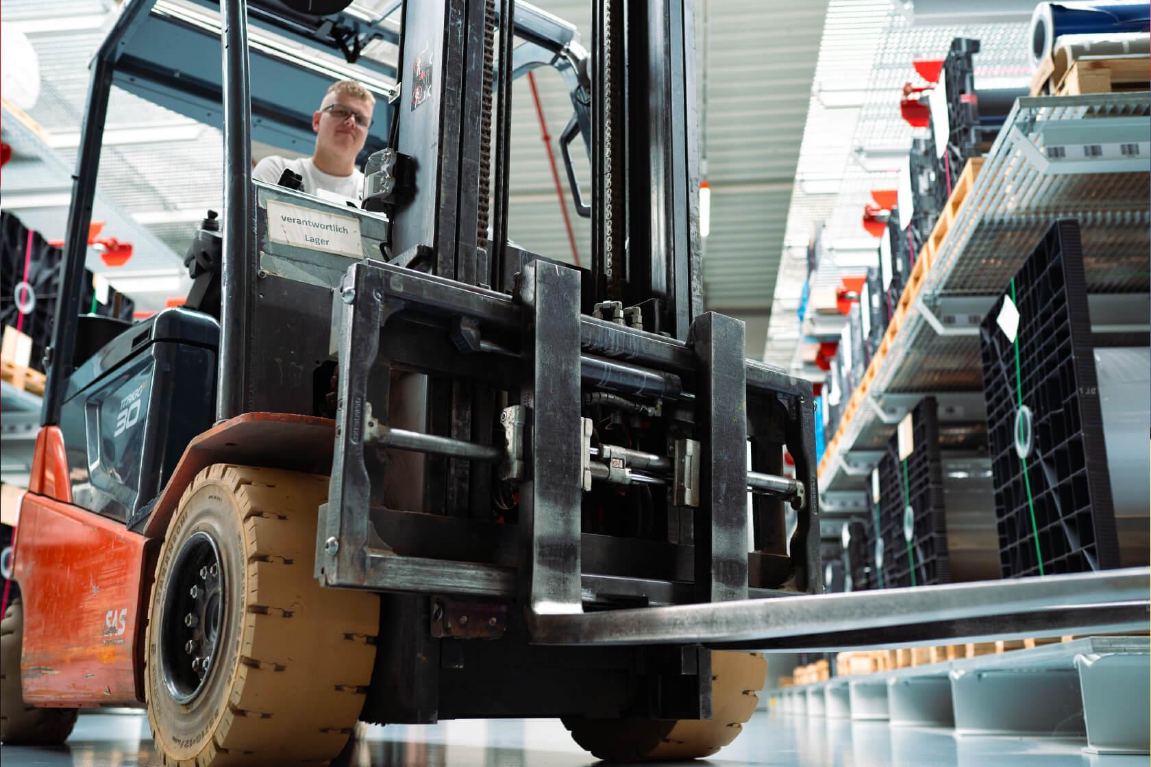 elesgo-jobs-produktion-slider1
